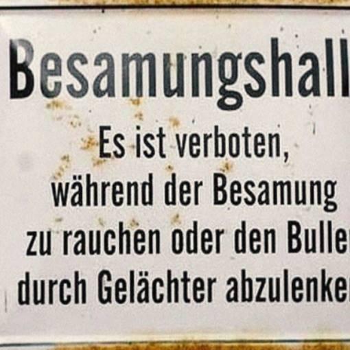Schräge Schilder: Neun Verbote mit Ablachgarantie